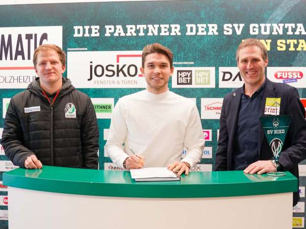 SV Ried strengthens attack with Patrick Schmidt
