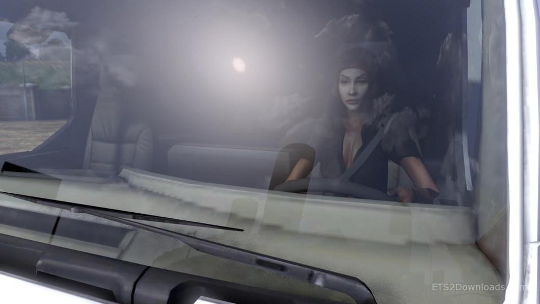 driver-sexy-jolie