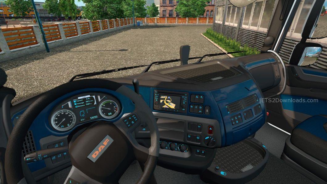 blue-carbon-interior-for-daf-euro-6-1