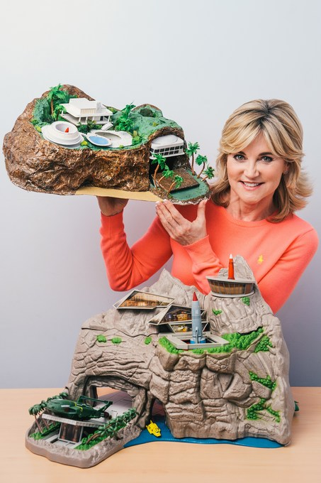 Anthea Turner Thunderbirds Tracy Island