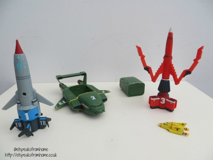 thunderbirds 4 piece vehicle super set