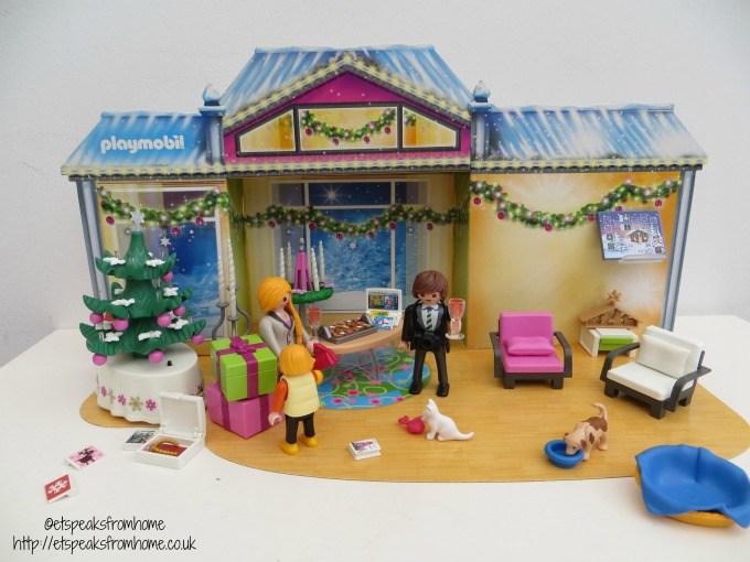 playmobil christmas room advent calendar toy