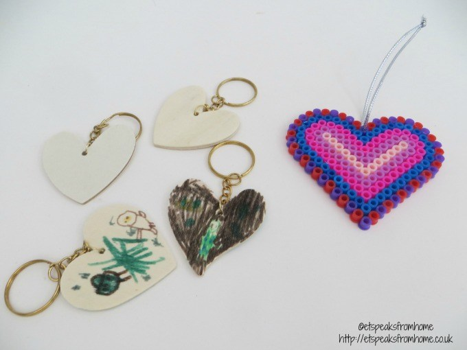 baker ross heart keyring