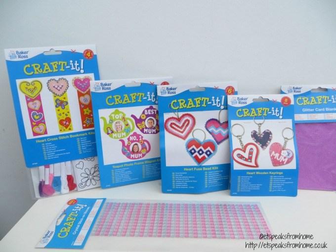 baker ross valentine day kit