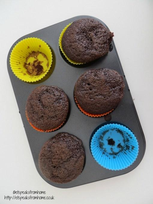 Annabel Karmel minicupcake set baking