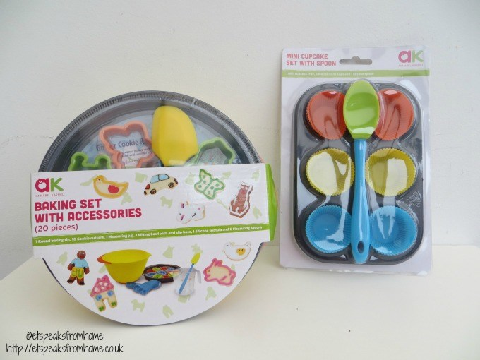 casdon Annabell Karmel baking sets review