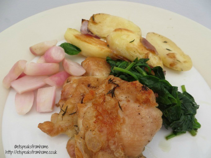 hello fresh Thyme roasted chicken and potatoes with spinach and buttered radishes