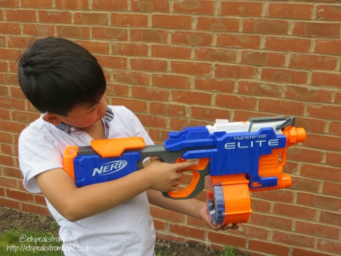 nerf hyperfire elite playing