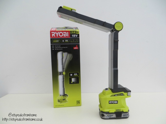 ryobi 18v folding area light