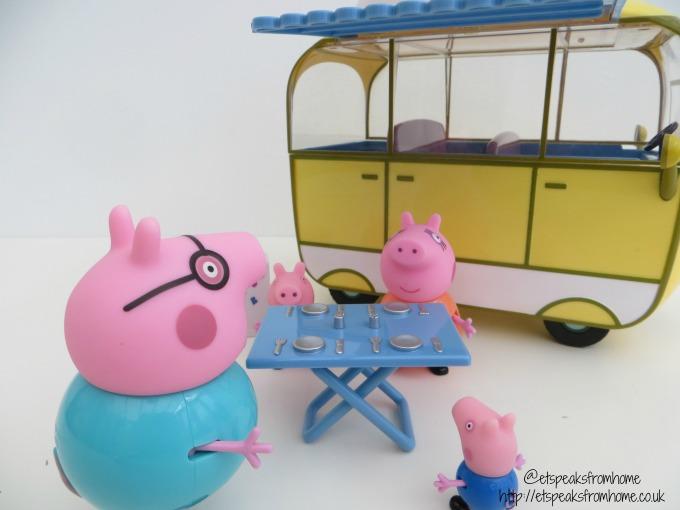 Peppa Pig campervan playset picnic table