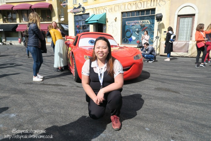 Meeting Disney Ambassadors at runDisney France 2017 lighting mcqueen photo