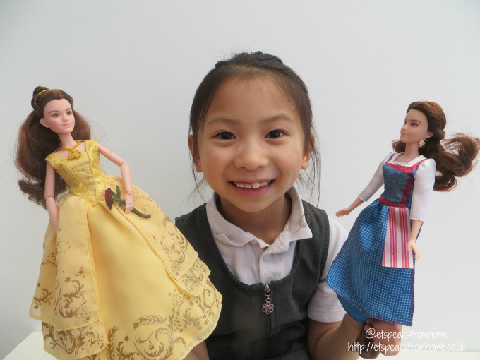 beauty and the beast belle dolls playing