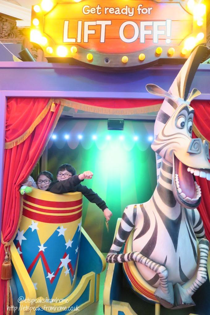 dreamworks Shrek's Adventure! London kungu panda