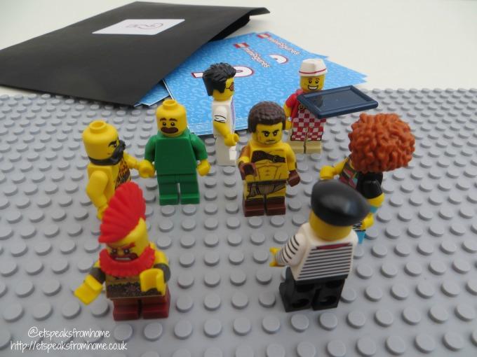 Lego Minifigures Series 17 clue