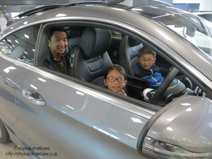 Mercedes-Benz World testing