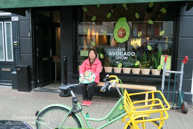 foods to try in amsterdam the avocado show