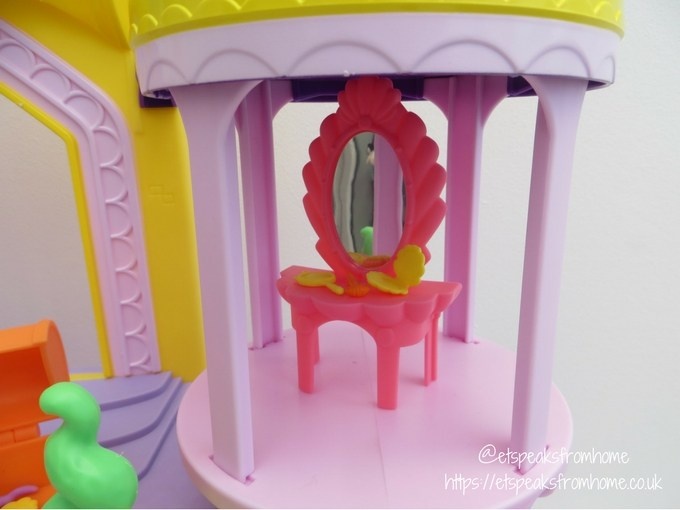 My Little Pony The Movie Canterlot and Seaquestria Playset level 2
