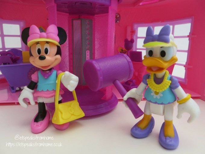 Minnie Mouse Happy Helpers House Review Et Speaks From Home