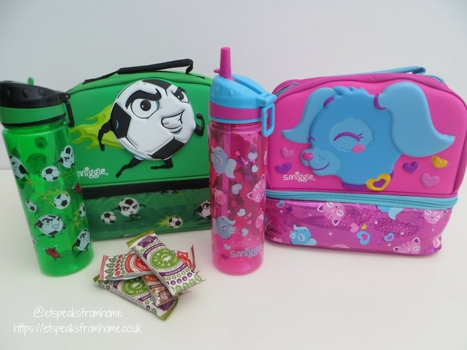smiggle lunch box and bottle