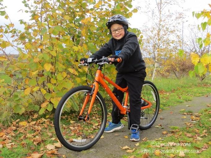 Carrera Abyss Junior Hybrid Bike riding