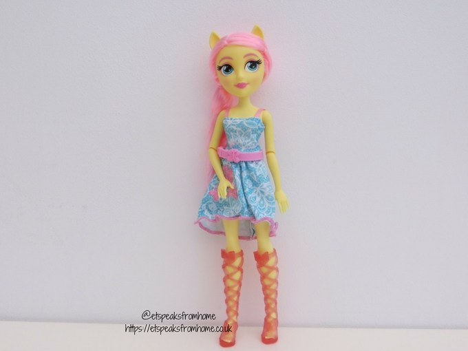 My Little Pony Equestria Girl Classic Fashion Fluttershy doll