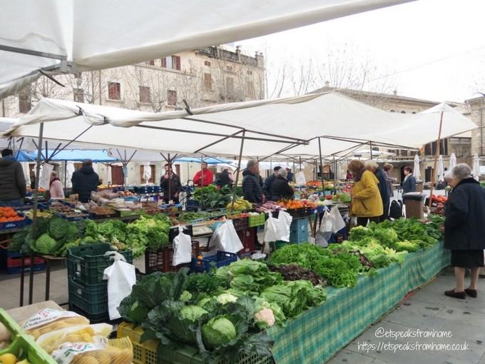 Pollensa Sunday Market, Palma fruit stall