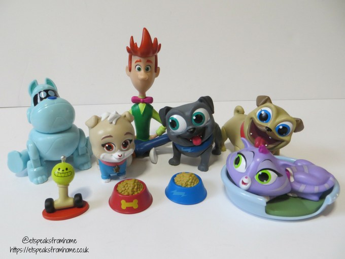Puppy Dog Pals deluxe figures