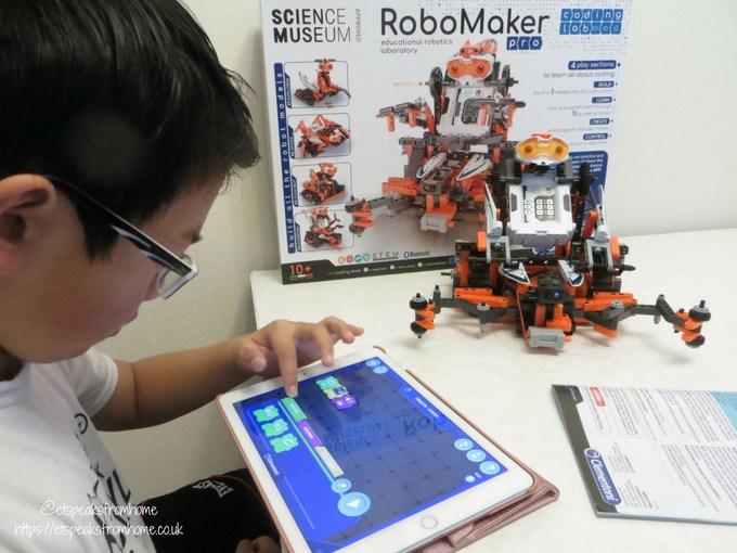 Clementoni RoboMaker Pro X5 Droid programme