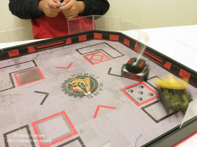 Hexbug Robot Wars Arena playing