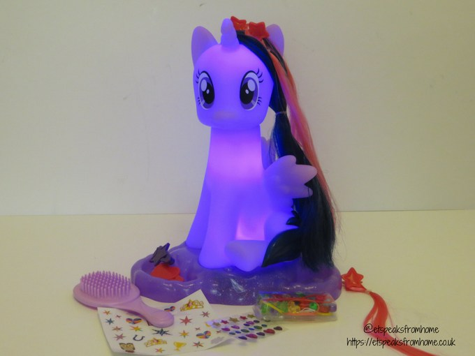 My Little Pony Twilight Sparkle Style & Groom light up