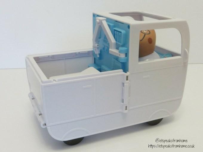 Peppa Pig Mobile ambulance