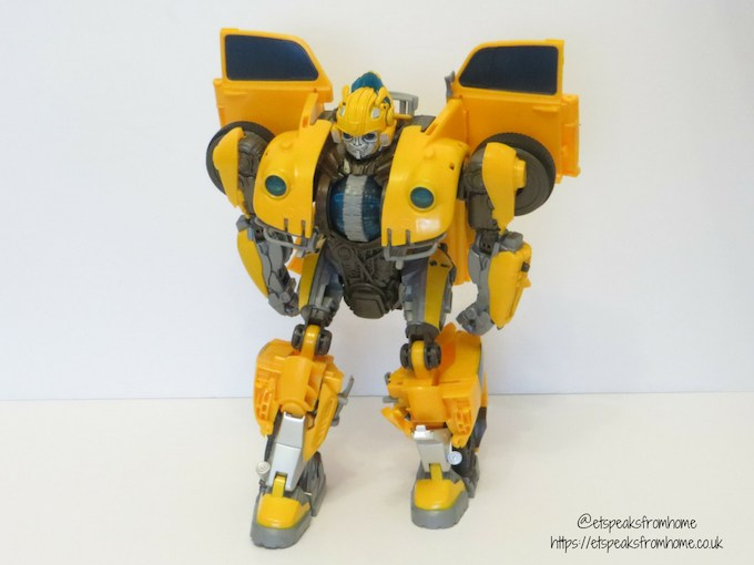 Transformers Power Charge BumbleBee front
