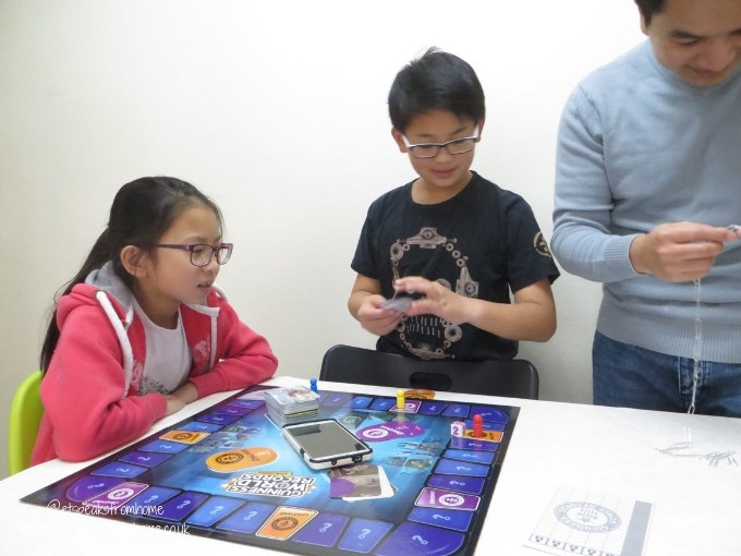 Guinness World-Records Game playing