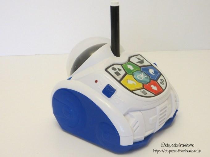 Mind Designer Robot back with pen