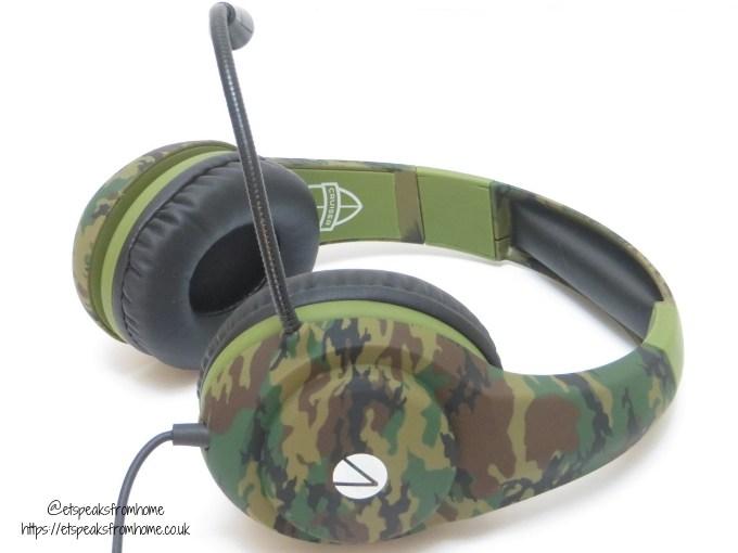 Stealth Cruiser Gaming Headset flex mic