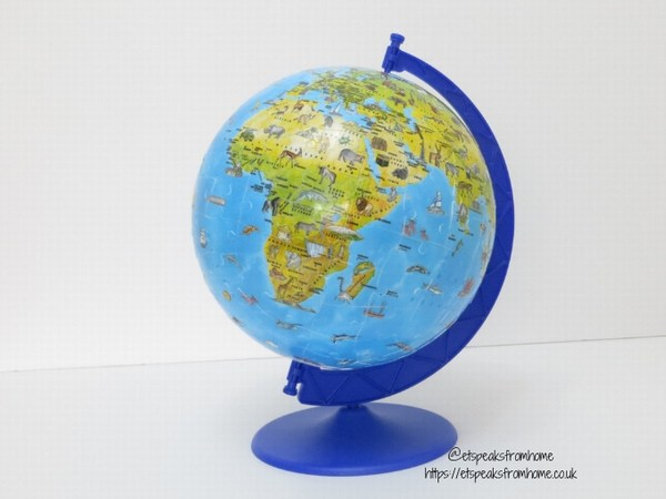 Ravensburger 3D Children's World Map Globe Puzzle rotating stand