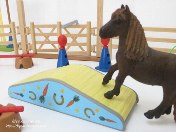 Schleich Pony Agility Training bridge