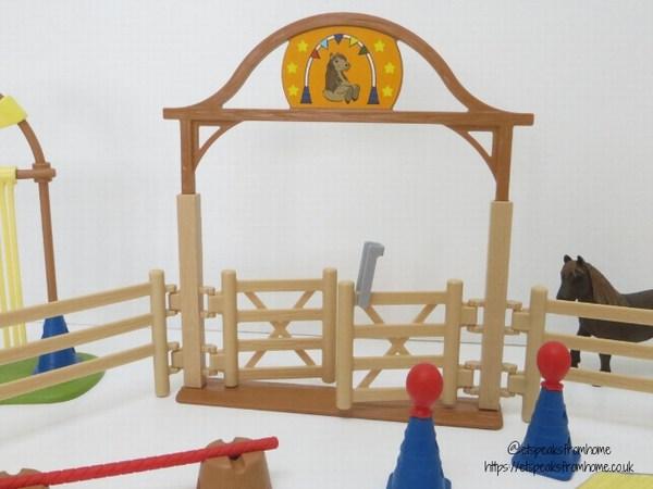 Schleich Pony Agility Training gate