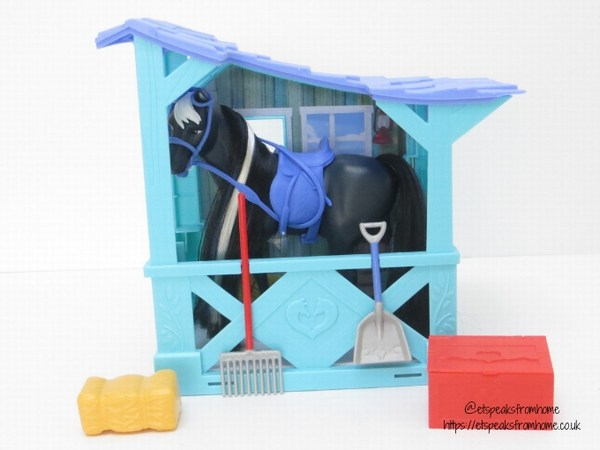 Spirit riding free Classic Horse & Stable carrier