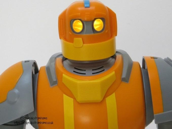 Bandai Robozuna Mega Mangle face
