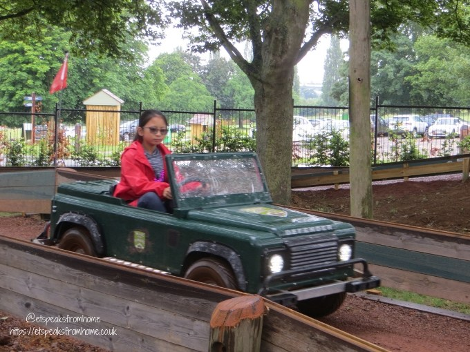 A Day at Wicksteed Park land rover