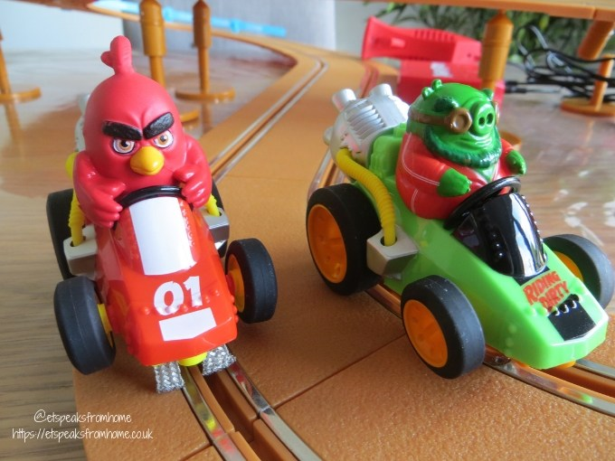 Angry Birds Island Challenge Slot Cars