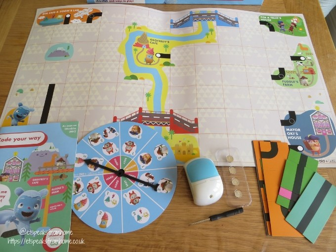 Okido Which Way Game contents