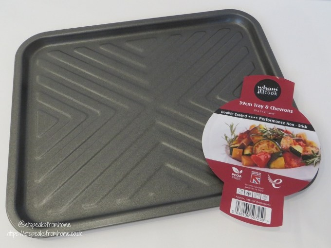 baking with plasticboxshop tray