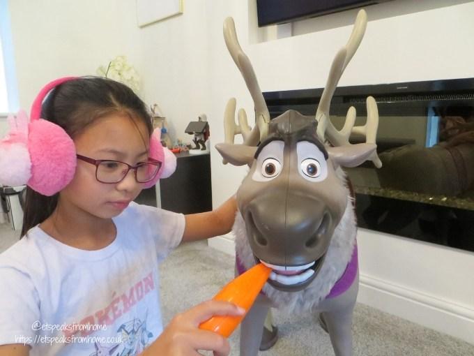 frozon 2 playdate sven carrot