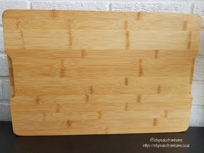 Oliver's Kitchen large bamboo Chopping Board back