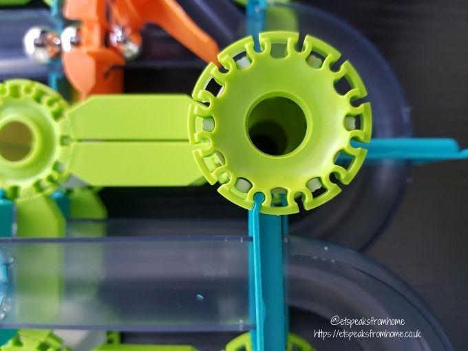 Geomag Mechanics Loops & Turns track