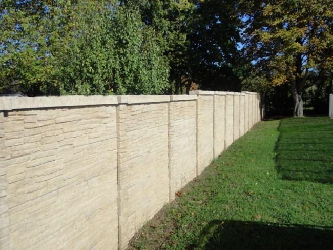 Mur Béton imitation pierre teinté dans la masse à Vineuil