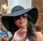 Kim-Kardashian-Sun-Hat1