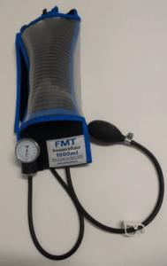 dispositif de mise sous pression de solutés de perfusion
